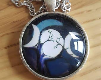 Triple goddess cabochon necklace