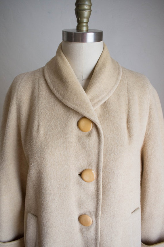 Vintage Wool Overcoat/ 50's Warm Wool Coat/ Timele