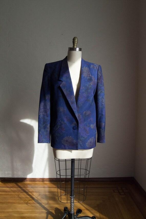 Vintage Boxy Floral Blazer/ Sophisticated Professi