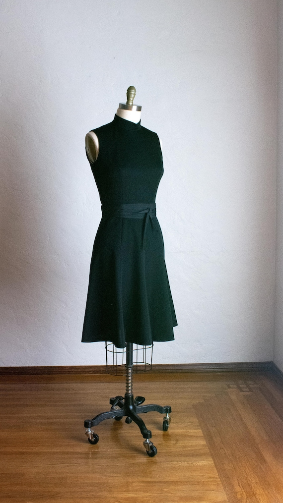 Butte Knit 70's Black Sleeveless Fit and Flare Dre