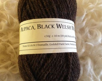 great for spinning or felting Black Welsh Mountain roving 100 grams welsh mountain top