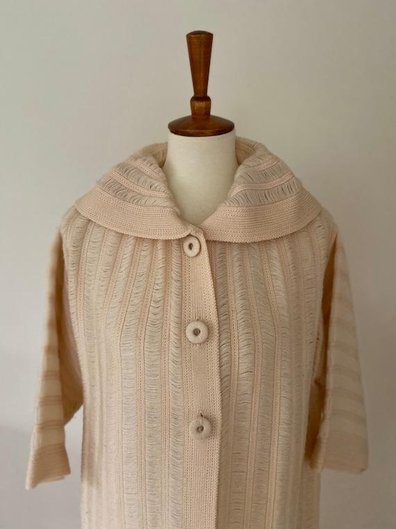 Vintage cape // light pink with hood - image 2