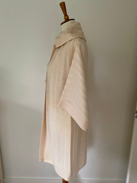 Vintage cape // light pink with hood - image 3