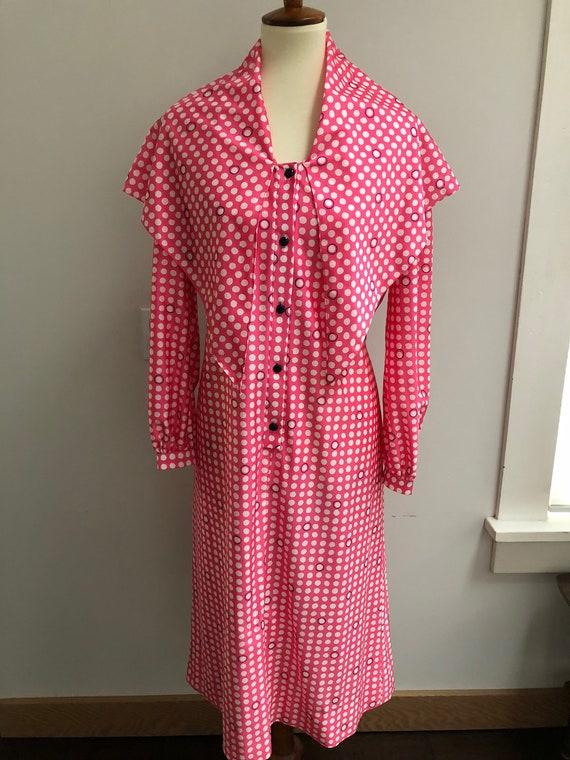 Vintage dress // 1960s // hot pint and polka dots