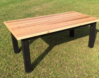 Attrayant Cedar Top Farmhouse Table