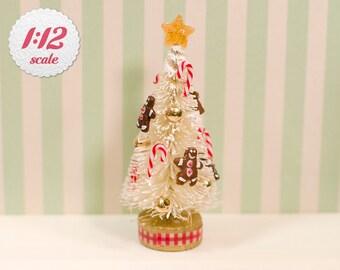 1:12 Miniature Gingerbread Christmas Tree, Dollhouse Christmas Decoration
