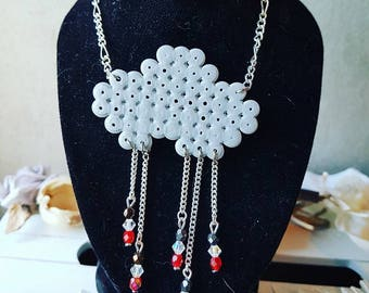 Cloud necklace and beads