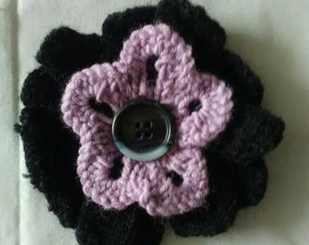 Flower brooch pink and black petals