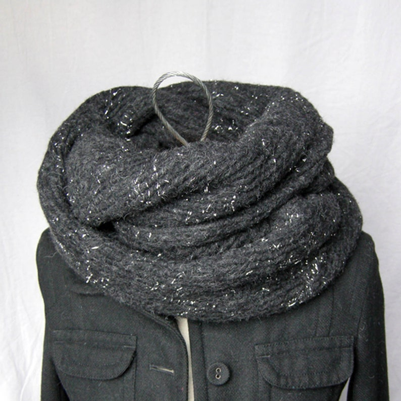 Woman Snood doubled Heather wool Silver Black 2 towers image 0