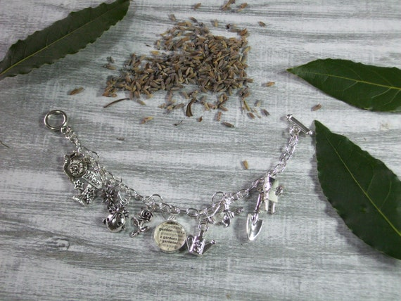 Jewelry Gift for Teachers Nature Charm Bracelet Nature Lovers Biologists Gardeners Jewelry Gift for Botanists Gardeners Bracelet