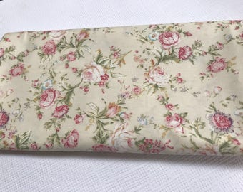 100% Cotton, Rose and Hubble, Floral Fabric, Vintage, Sewing, Quilting and Patchwork, Craft, Applique