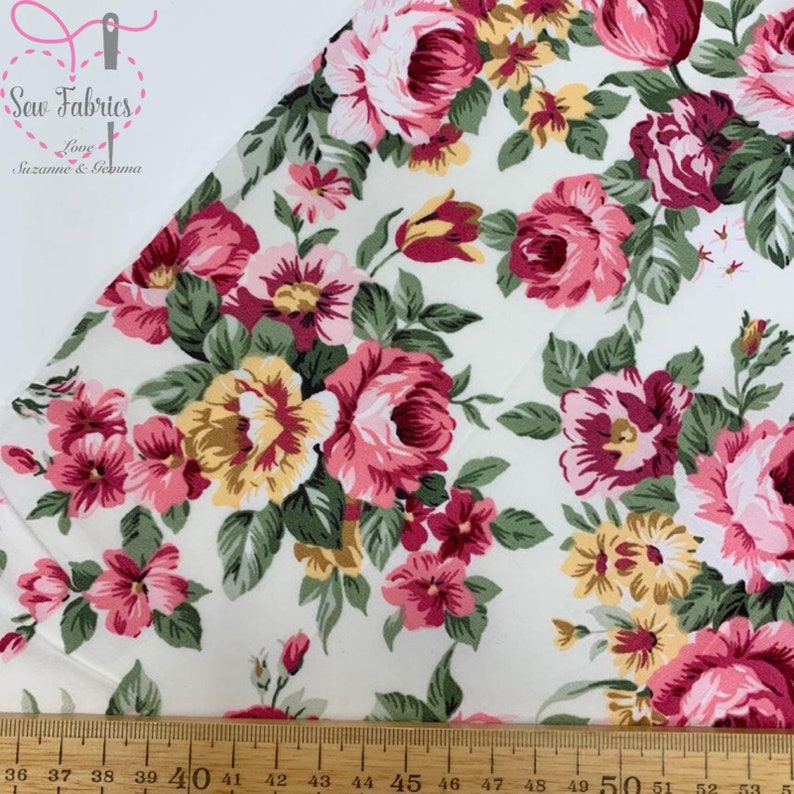 """41/""""d Dressmaking White Cotton Floral Printed Fabric For Sewing By The 1 Metre"""