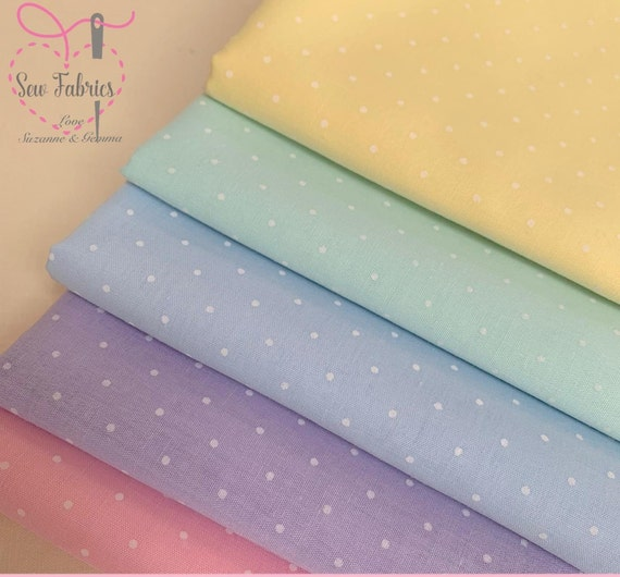 Polycotton fabric fat quarter for quilting and crafting