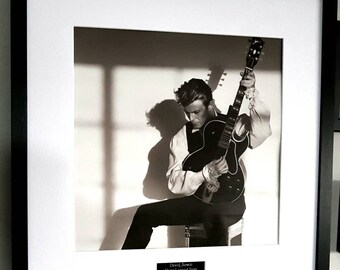 Photo Poster Print Art A0 A1 A2 A3 A4 DAVID BOWIE GUITAR BLACK AND WHITE 1140