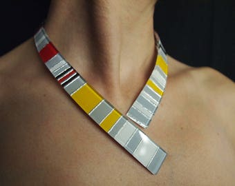 """Necklace """"Clips"""" opaque colors with silver foil"""
