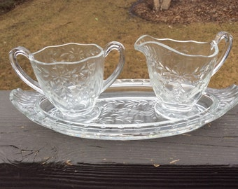 Crystal etched sugar creamer with tray