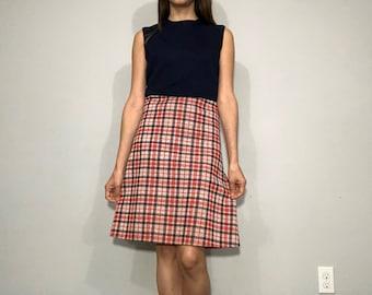 Vintage 1970s plaid dress • a line dress • 70s dress • plaid • M medium