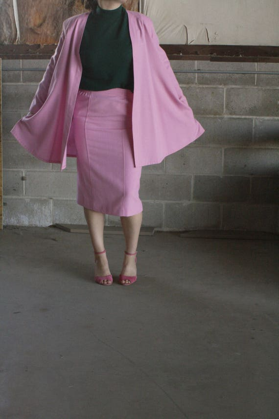 vintage 1970s blush pink cape / light weight cape