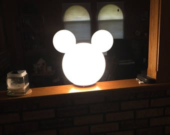 Nice Mickey Mouse Lamp Post Globe