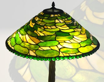 Green Leaf Style Tiffany Table Lamp And Diameter 20 Inch Stained Glass Shade With Tree Stump