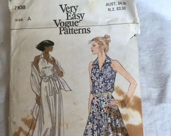 Vintage Vogue 7108 - 1970 s Evening Maxi and or Midi Dress Pattern with  Shawl 748d75809