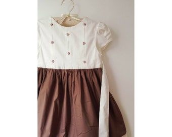 IMA cotton dress for girl, two tone ivory and Brown, with embroidery handmade, ribbons to tie in the back.