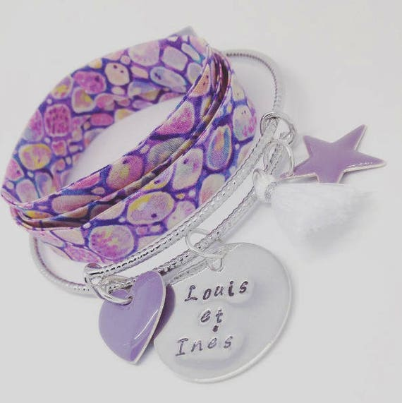 "Silver Bangle purple with personalized engraving ""Hello love"" by Palilo (1 medal engraved, 1 cute tassel and 2 charms"