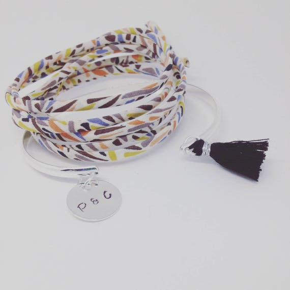 Silver Bangle Bracelet plated with engraving personalized star tassel Fuchsia by Palilo jewelry Bangle