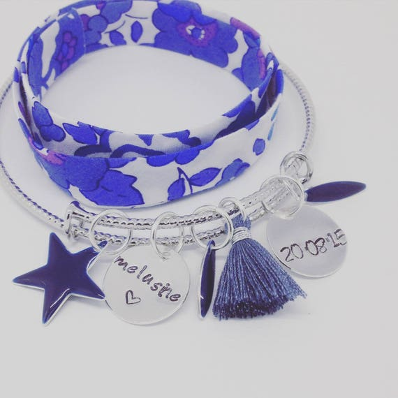 """Personalized Bracelet Bangle silver PETALS with 2 customizable prints """"Hello love"""" by Palilo"""