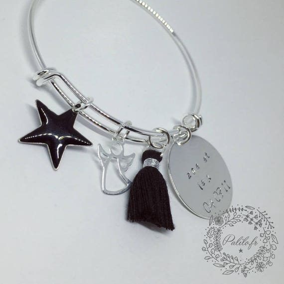 """Bangle Bracelet with personalized engraving """"Hello my Angel"""" by Palilo (1 medal engraved, 1 cute tassel and 2 charms"""