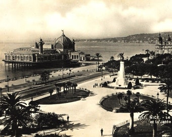 1930 s postcard - France - gardens Albert - Palace Pier walk - Nice photography black and white