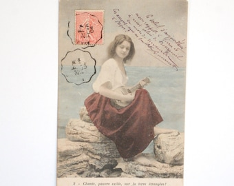 """Opera """"Mignon"""" - song of """"Cute"""" - romantic woman with a mandolin in edge of sea-old postcard France 1900 s"""