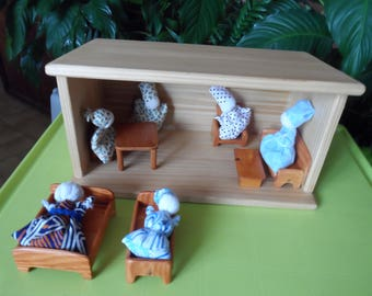 Dollhouse doll with furniture and dolls of rice