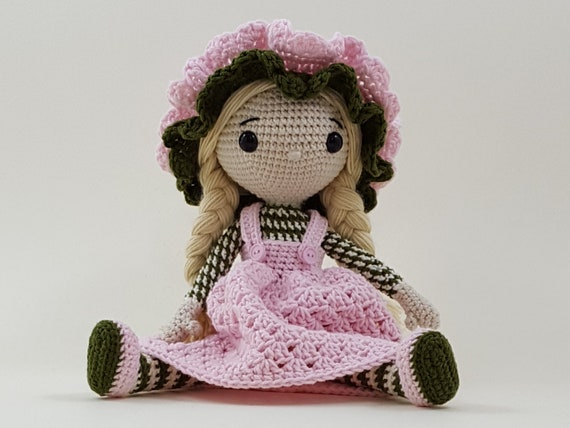 Crochet patterns: Doll clothes collection 'Swing' | 428x570