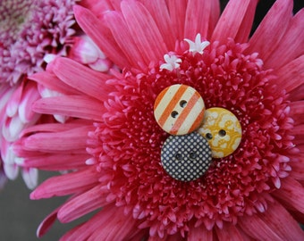 mini wooden button earings