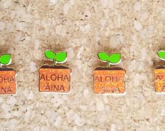 aloha ʻāina kui ʻōmou // aloha ʻāina lapel pin // ʻōlelo hawaiʻi // cute enamel pins