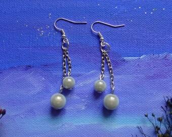 Earrings grey glass beads