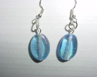 Pearl Earrings in transparent blue resin
