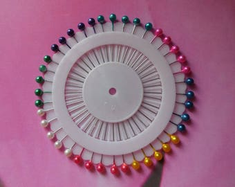Set of 40 multicolored heads sewing pins