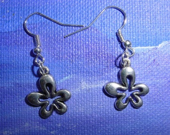 Earrings silver metal flowers