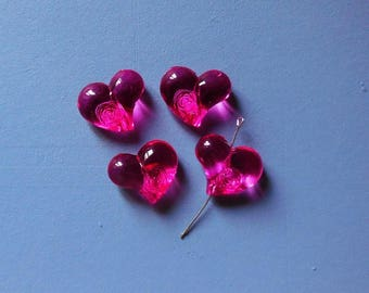 Set of 4 hearts flower pattern beads