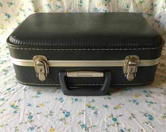 Retro Hardshell  Suitcase, Blue Grey Overnite Bag, Small Suitcase