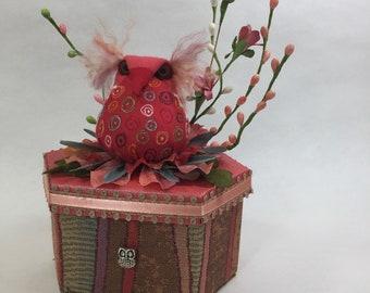 Owl nested on decorative box, #358.