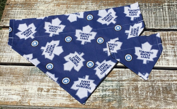 Toronto Maple Leaf Collar Bandana  079dfb1a2