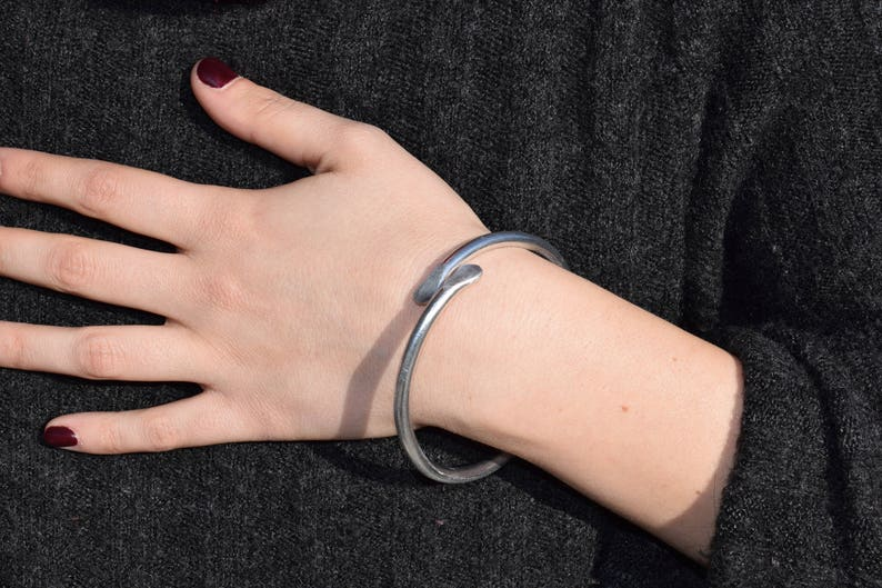 Aluminum bracelet-aluminium bangle-Aluminiumarmband-pulsera de aluminio-\u00e1l armband-aluminium armb\u00e5nd Bracciale cerchio rigido