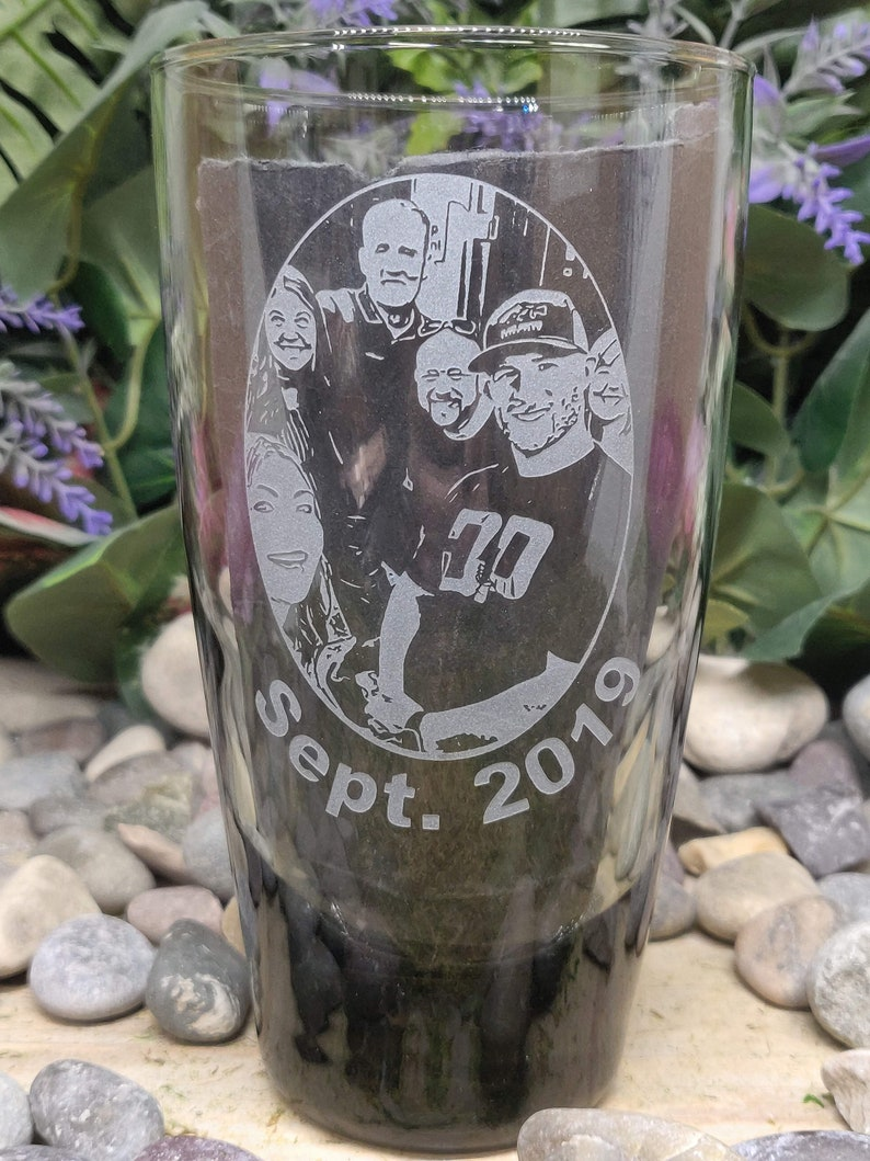 Photo Picture Group Photograph Pix Custom Order Carved Smoked Drinking Glas