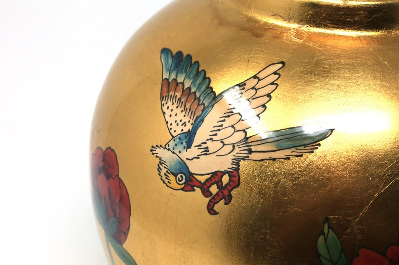 Large Gold Leaf Melon Jar With Birds and Flowers