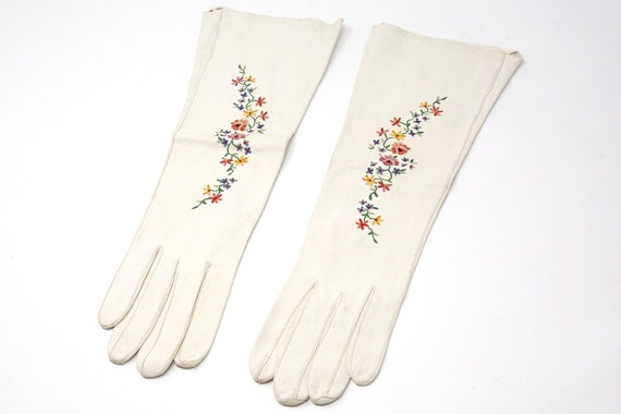 Vintage White Leather Opera Gloves With Embroidere