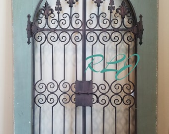 8ea5cfbdc26 Distressed French Country Vintage Style Wood Metal Garden Gate Arch Window Wall  Art Home Decor