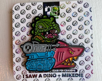 SnakeSpitter and Jaw LE pin collab set with isawadino